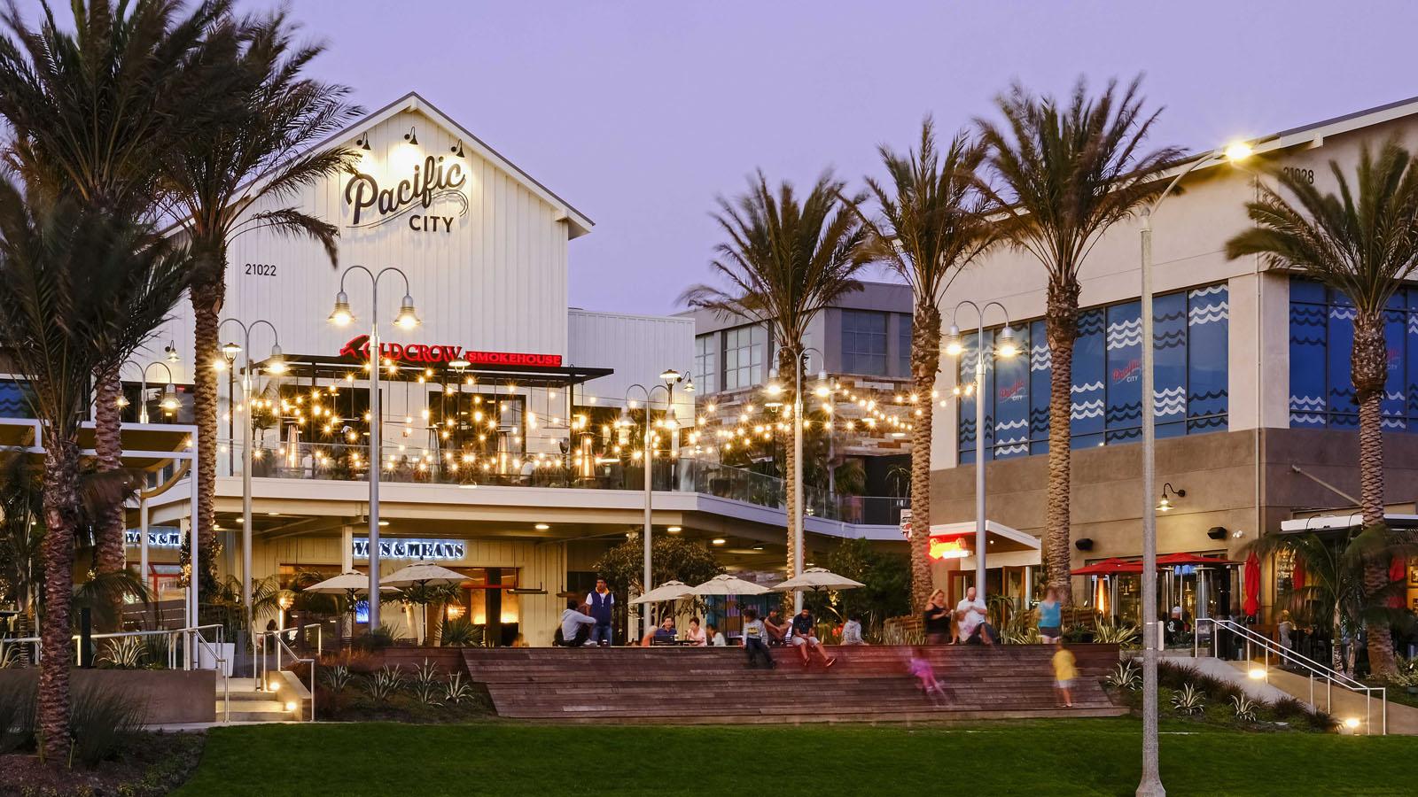 Huntington Beach Pacific City Parking